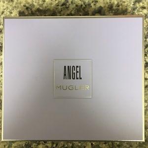Mugler Angel Perfuming Body Lotion & Shower Gel